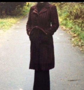 Пальто 44 DKNY