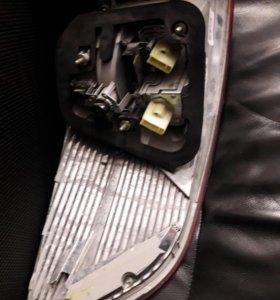 Фонарь стоп  BMW x6 правый