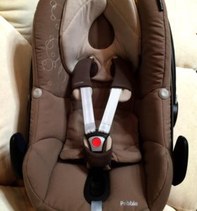Автокресло для новорожденного Maxi Cosi Pebble