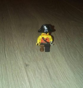 Лего пират