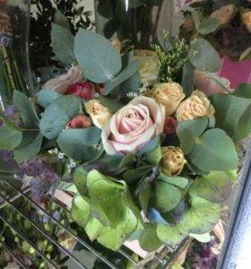 Цветы свежие срезанные