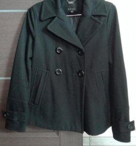 Пальто размер 34 (42-44)