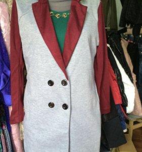 Удлиненный пиджак-фрак 46-50