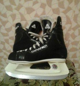 Хоккейные коньки 38р.