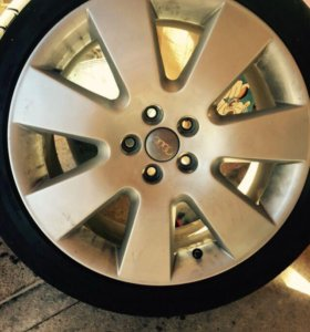Продам диски и шины на Ауди а6
