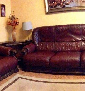Кожаная мебель (диван, кресло и уголок)