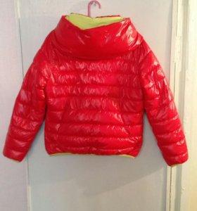 Продам куртку на девочку