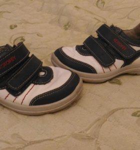 Ботинки Kotofey 27 размер