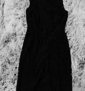 Платья-карандаши 2шт