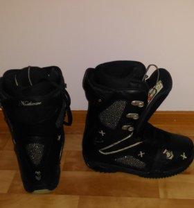 Ботинки для сноуборда 39 размер.