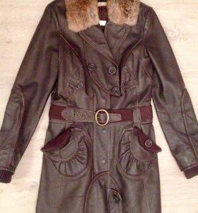 Кожаное пальто 44р.