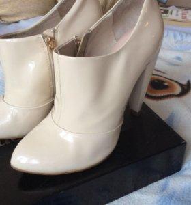 Демисезонные лакированные ботинки Paolo Conte