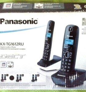 Новый беспроводной цифровой телефон с базой,2 труб