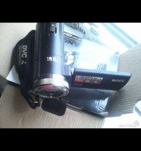 Видеокамера за пол цены(торг)
