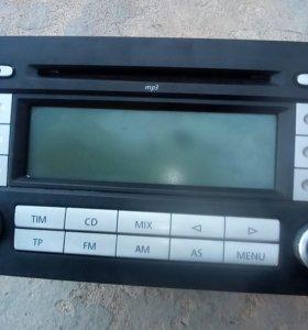 6-дискогое  магнитофон