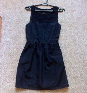 Платье Stradivarius◼️◾️▪️♣️