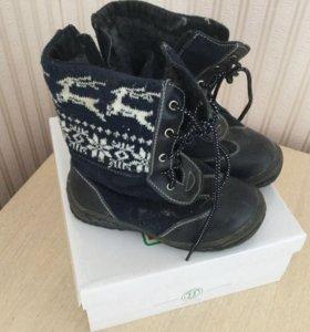 Зимние ботинки размер 28