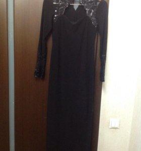 Вечернее р.42-44 длинное,чёрное платье