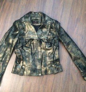Стильная замшевая куртка Mondial