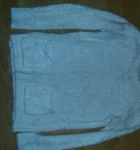 Мохнатый тёплый свитер (кофта)