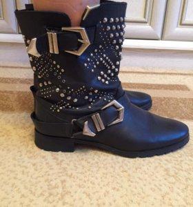Ботинки кожаные Zara