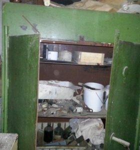 Железный шкаф/сейф