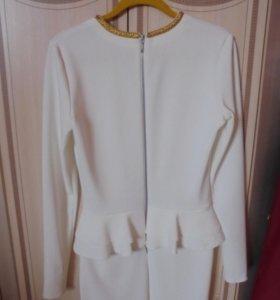 Платье новое белое