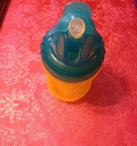 Бутылочка с трубочкой