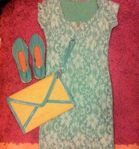 Гипюровое платье мятного цвета