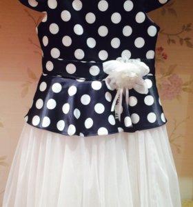 Платье для девочки (на 7 лет)