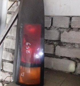 Pontiac TRANS SPORT задний фонарь