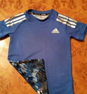 Костюм и футболка adidas