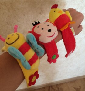 Игрушка на руку для малыша