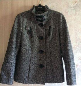 Пальто шерстяное Pompa