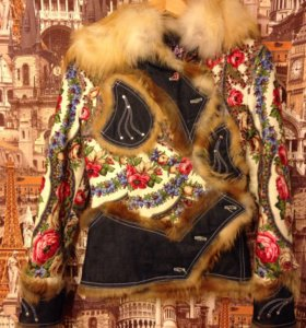 Стильная зимняя куртка. Натуральный мех лисы!