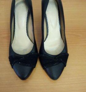 Туфли 39 размера, натуральная кожа и замша
