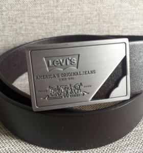 Ремень кожаный новый Levi's