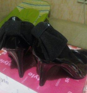 Лаковые туфли 37р-р