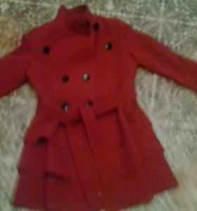 Полу пальто демесезонное