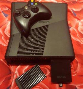 Microsoft Xbox 360 Slim 250gb + 2 игры