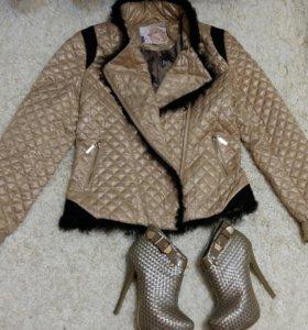 Стеганая куртка и плетеные ботильоны