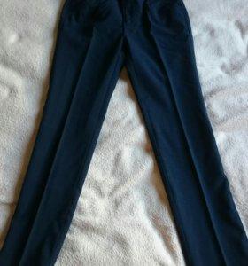 Школьные брюки для девочки 122!