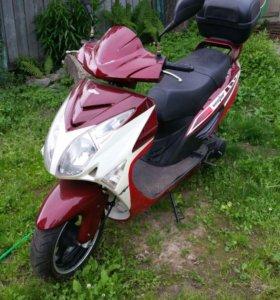 Продам скутер Nexus Vektor 150 куб.