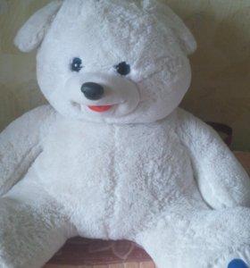 Медведь - игрушка