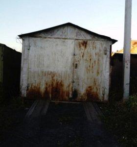 Металлический гараж полувагон