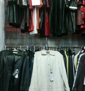 Куртки, дубленки, пуховики
