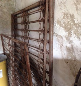 Решетки металические на окна 4 шт