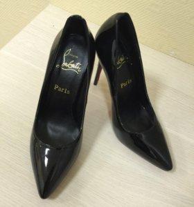 Туфли, натуральная кожа лаковая, 37 размер