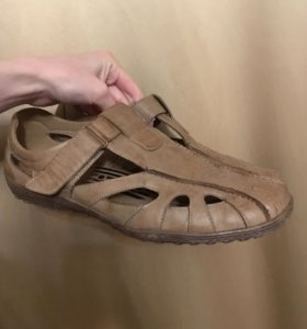 Кожаные ботинки 41-42 размер