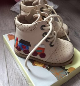 Ботиночки детские.